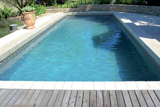 piscine et bassin les r ponses de nos experts. Black Bedroom Furniture Sets. Home Design Ideas
